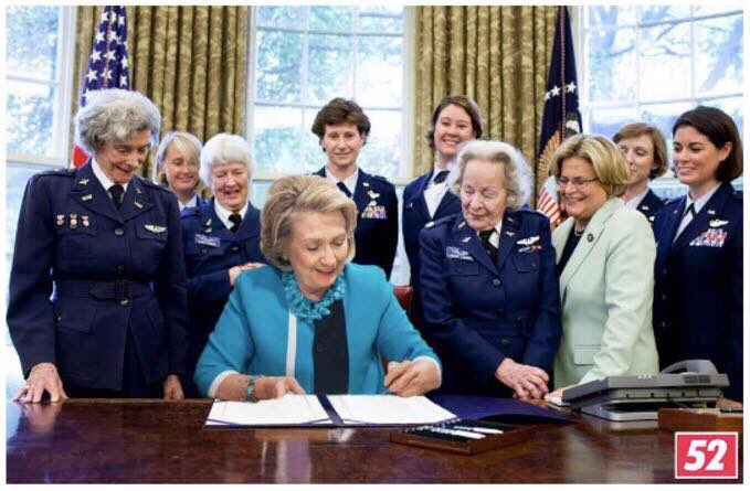 hillary-in-the-oval-room